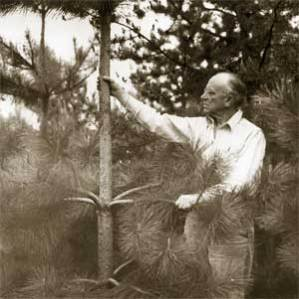 Aldo Leopold (1887-1948) father of wildlife ecology